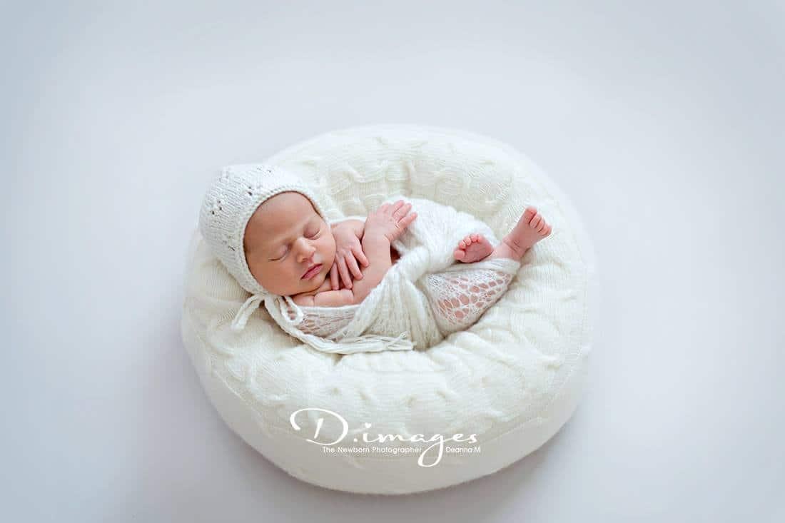 Alexis create a nest all newborn props