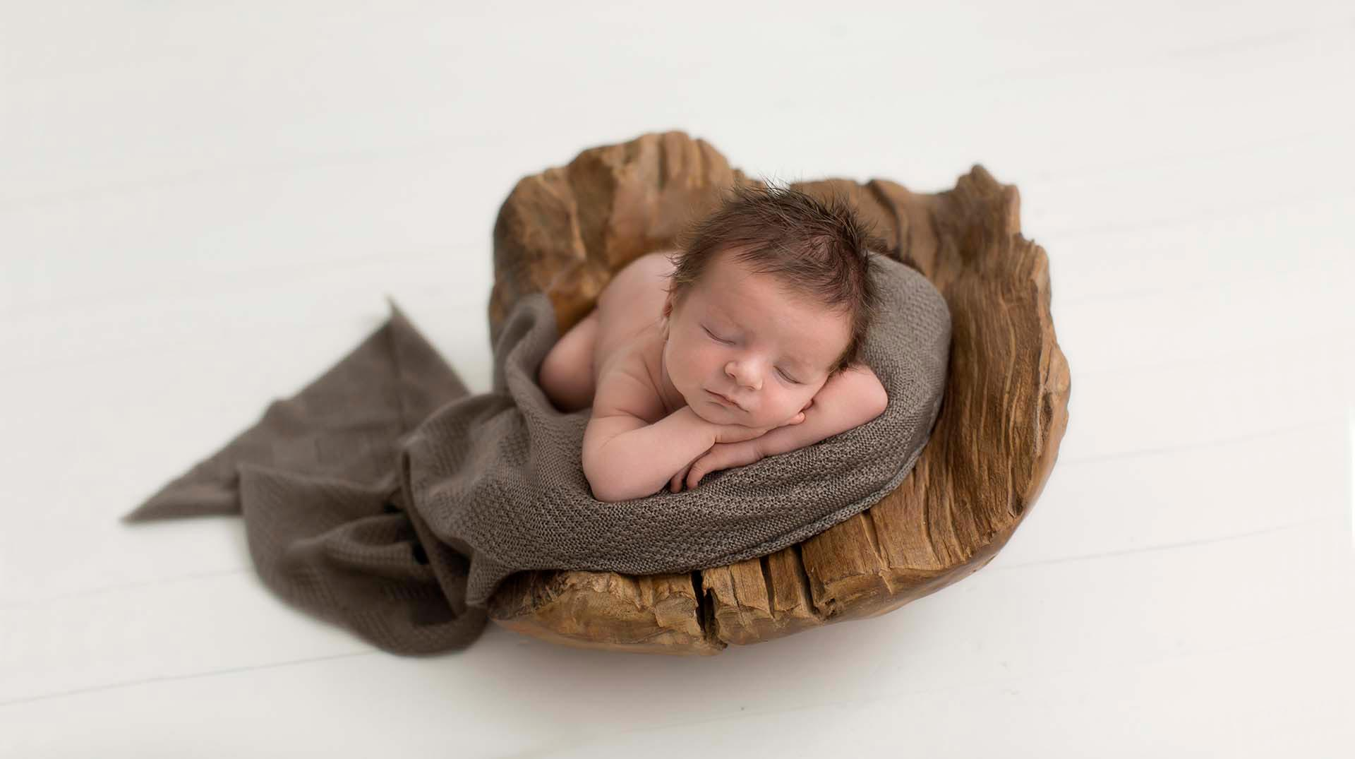 hayden-merino-extra-soft-textured-wrap-knitted-taupe-brown-all-newborn-props-photography-prop