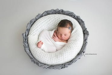 gideon-vessel-basket-bowl-wrap-all-newborn-photo-photography-prop-white-grey-2